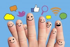 promuovere azienda facebook instagram